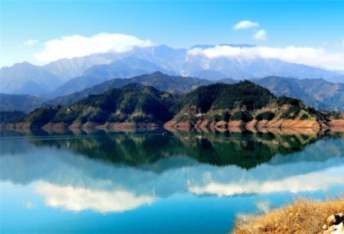 雅女湖环湖东线游