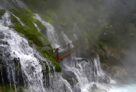 四川这个地方,有世界最大瀑布温泉!
