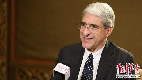 3月18日,耶鲁大学校长苏必德接受记者专访。