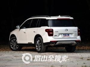 广汽乘用车 传祺GS8 2017款 320T 四驱至尊版