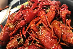 眉山吃小龙虾新去处 没什么是一顿小龙虾解决不了的!