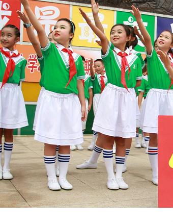 """东坡小学""""像东坡一样""""主题教育活动暨开学典礼"""