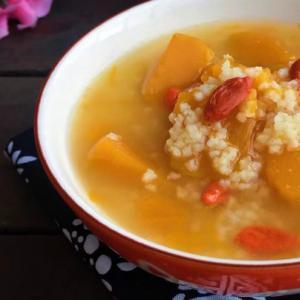 家常粥:南瓜枸杞小米粥的做法