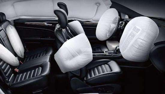 汽车安全知识·安全气囊多就一定安全吗?
