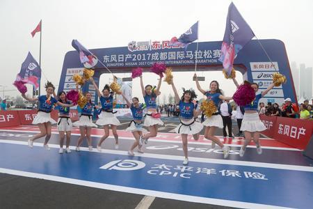 国太保成功护航成都国际马拉松