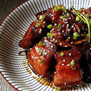 家常菜:糖醋五花肉的做法