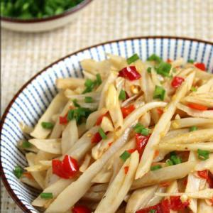 家常菜:剁椒藕丝的做法
