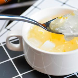 立夏必备甜水:水果银耳汤做法
