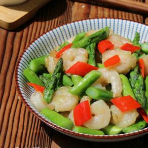 眉山味道:芦笋炒虾仁的做法