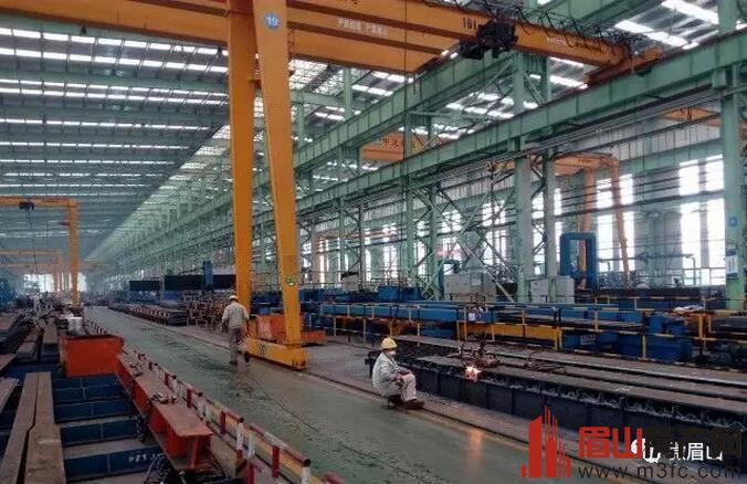 中建钢构生产车间