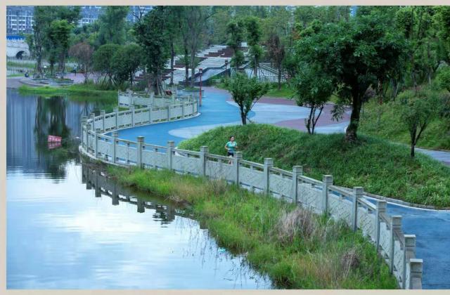 《文化村之夜》、《虹桥之夜》《晨跑湿地》——窦成玉【摄影师每日一图赞眉山】