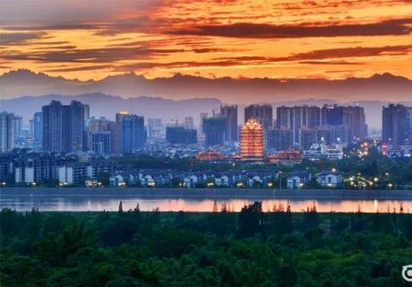 东坡 | 一面市井 一面繁华